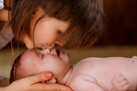 赤ちゃんに大切な母乳を与えるためにもきちんとした食生活をこころがけましょう