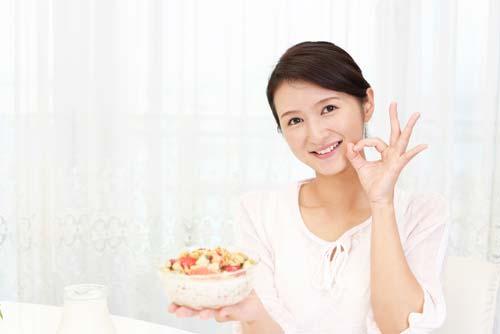 ダイエット中などヘアケアも栄養管理には気をつけていきたい