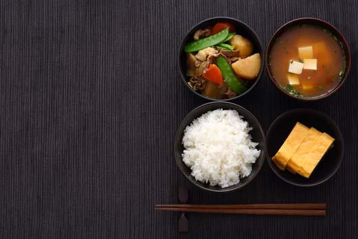 「日本食の良さを見直す」ことで内側から老化を食い止める