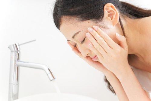 顔用やデリケートゾーンを清潔にする黒ずみ対策専用の石鹸とは
