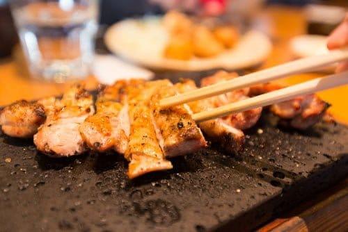 日々の生活で肉料理を食べることが多い