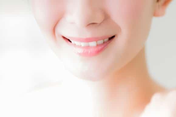 歯を綺麗にするだけではなく周りに良い影響を与えられるのがホワイトニング